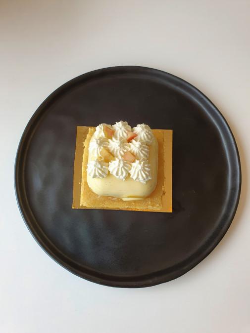 Entremets Vanille / Rhubarbe